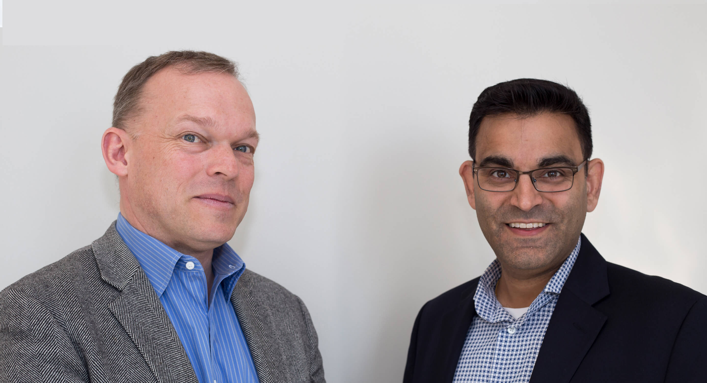 Dr. Sean Hill, Director of the Krembil Centre for Neuroinformatics, and Dr. Neil Vasdev, Director of the Azrieli Centre for Neuro-Radiochemistry
